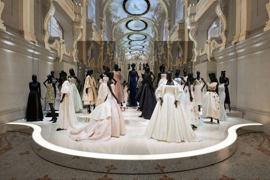 Le MAD célèbre en 2017 les 70 ans de Dior.